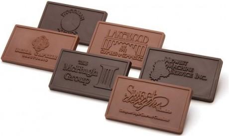 לוחיות שוקולד ממותגות